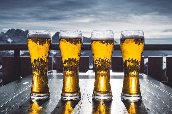 6 estilos ideias de cerveja para o inverno